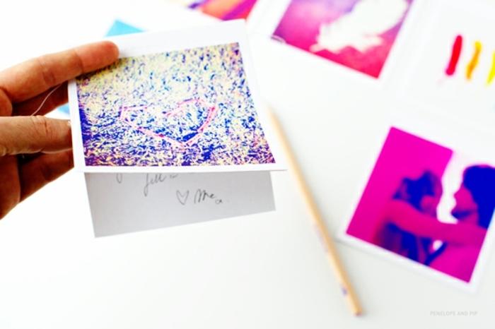 tarjeta con foto instagram, originales ideas de sorpresas de cumpleaños para amigas