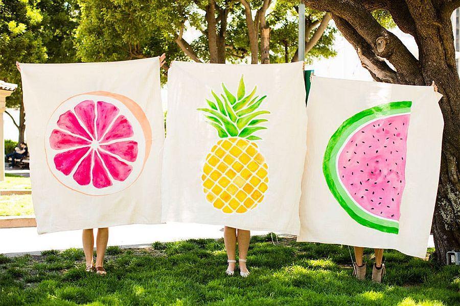 ideas divertidas y coloridas manualidades caseras, toallas para la playa con dibujos de frutas de verano
