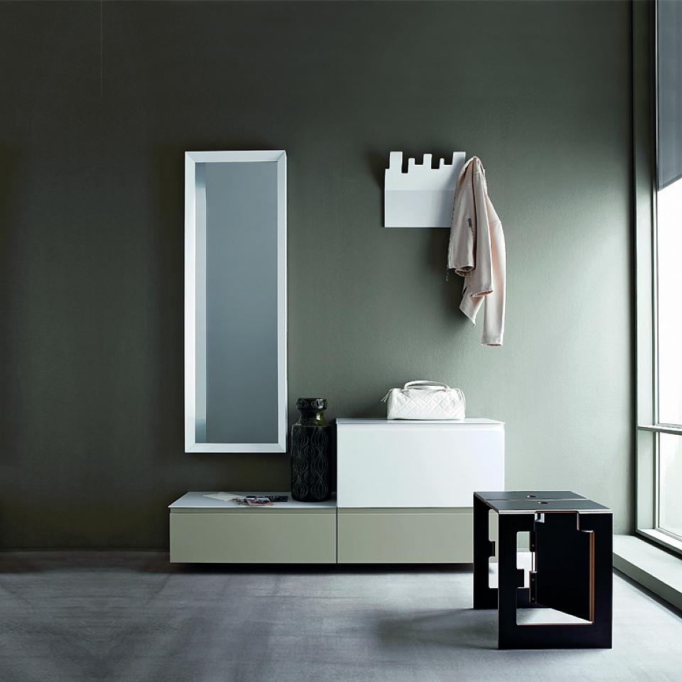 ideas sobre decoración de recibidores de casas modernos, paredes en verde, espejo moderno