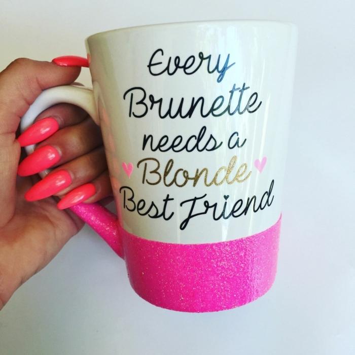 regalos originales para tu mejor amiga, cada morena necesita una rubia como mejor amiga, vaso de té
