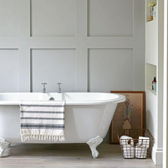 baño en estilo minimalista con toque vintage, baños modernos con bañeras patas garra