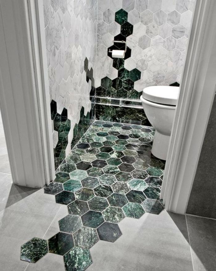 azulejos para baños pequeños, baldosas de colores verdes hexagonales combinadas con baldosas grises