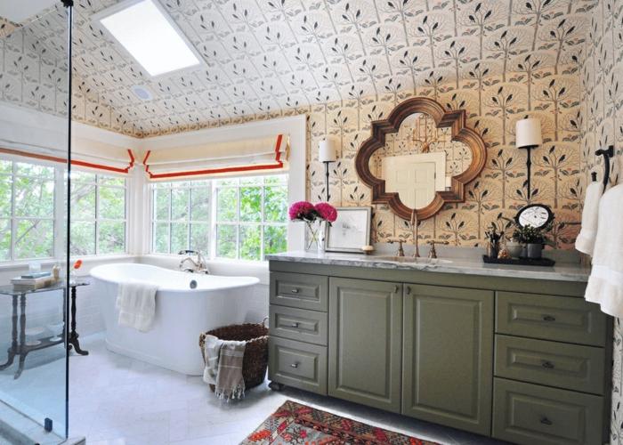 ejemplos de cuartos de baño modernos decorados en blanco y beige en imágines, consejos de decoración