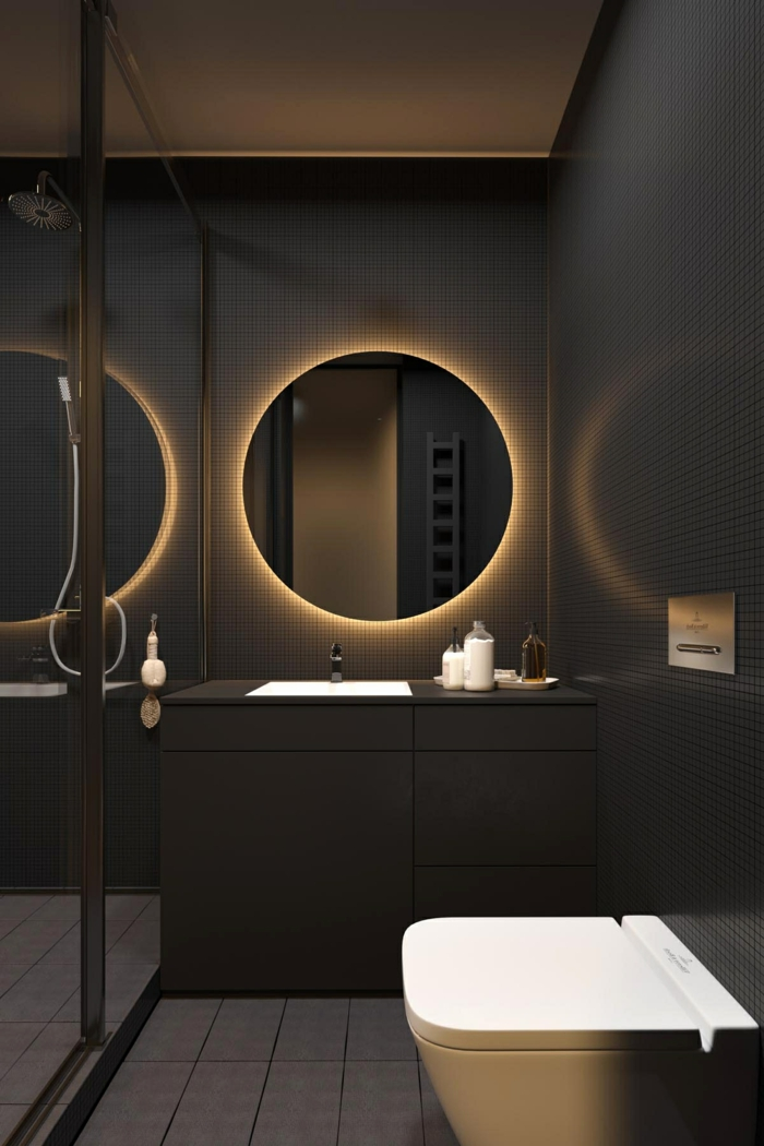 decoracion baños en estilo moderno, cuarto de baño decorado en tonos oscuros, espejo oval moderno