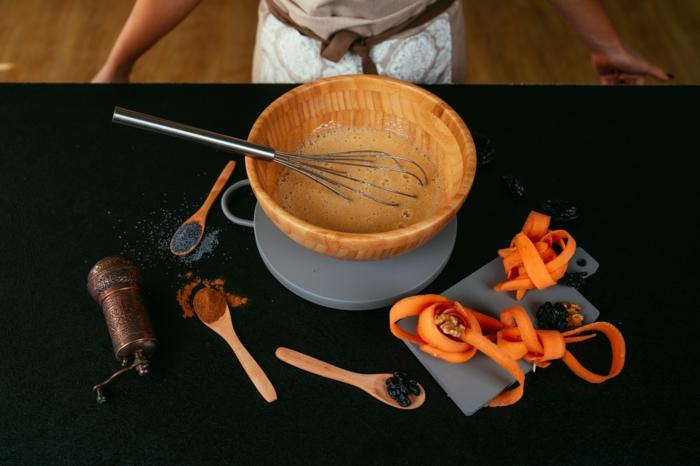 como hacer la masa para un bozcocho casero hecho con zanahorias, ideas de recetas de postres y pasteles caseros sin gluten