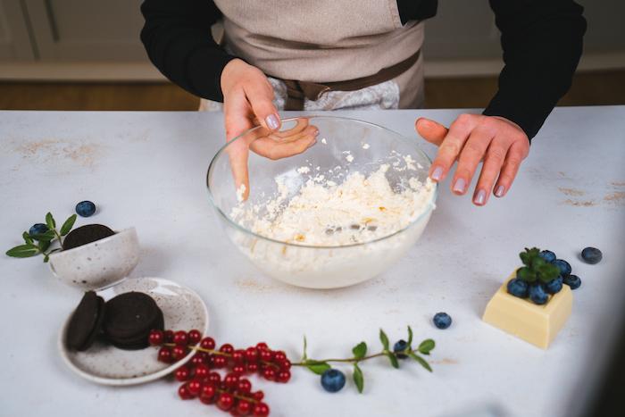como preparar una tarta de queso sin horno paso a paso, recetas fáciles y rápidas de postres para hacer en casa