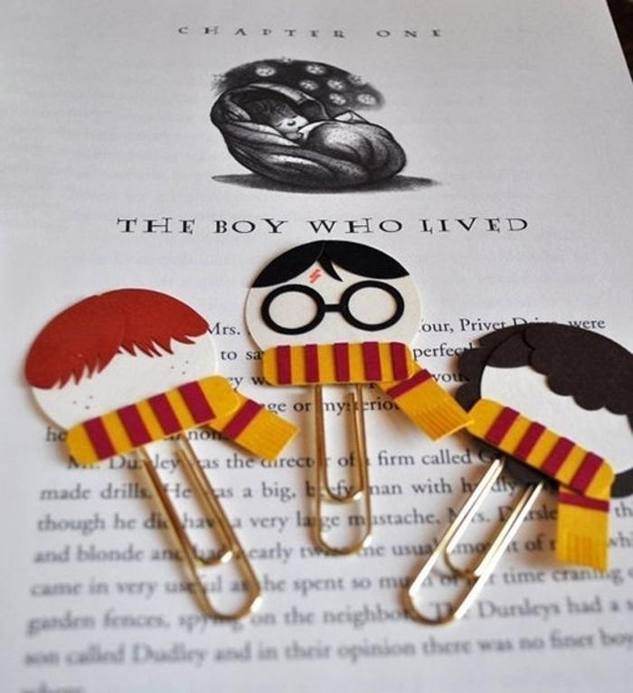 marcarpaginas manualidades hechos de reciclaje, separadores de libros personalizados Harry Potter