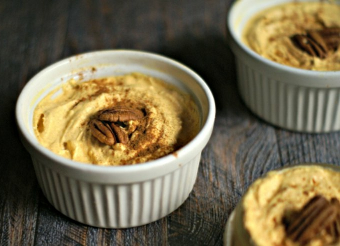 mini tartas de queso en tazas, ingredientes tarta de queso, tarta de calabaza con nueces y queso crema