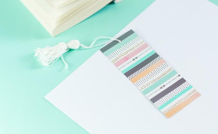 bonitos separadores de cartón para regalar, ideas de manualidades para regalar paso a paso