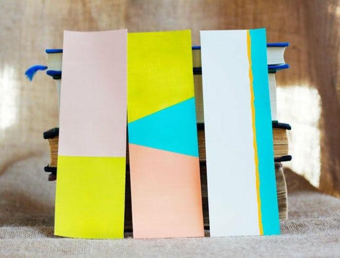 separadores de libros de cartón pintados en colores de verano, ideas de manualidades fáciles de hacer