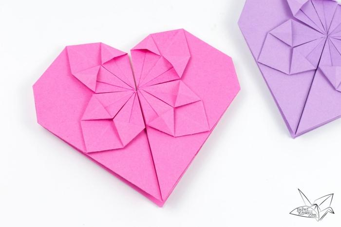 ideas originales de papiroflexia facil, corazones de papel en rosado y morada, ideas divertidas DIY