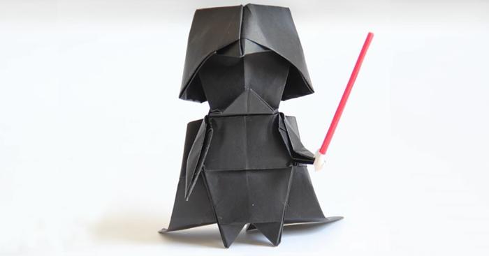 ideas super originales de papiroflexia para niños, Darth Vader hecho con papel, manualidades para niños