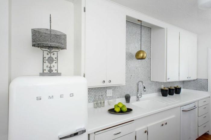 1001 ideas de decoraci n de cocinas modernas blancas for Azulejos para cocinas blancas modernas
