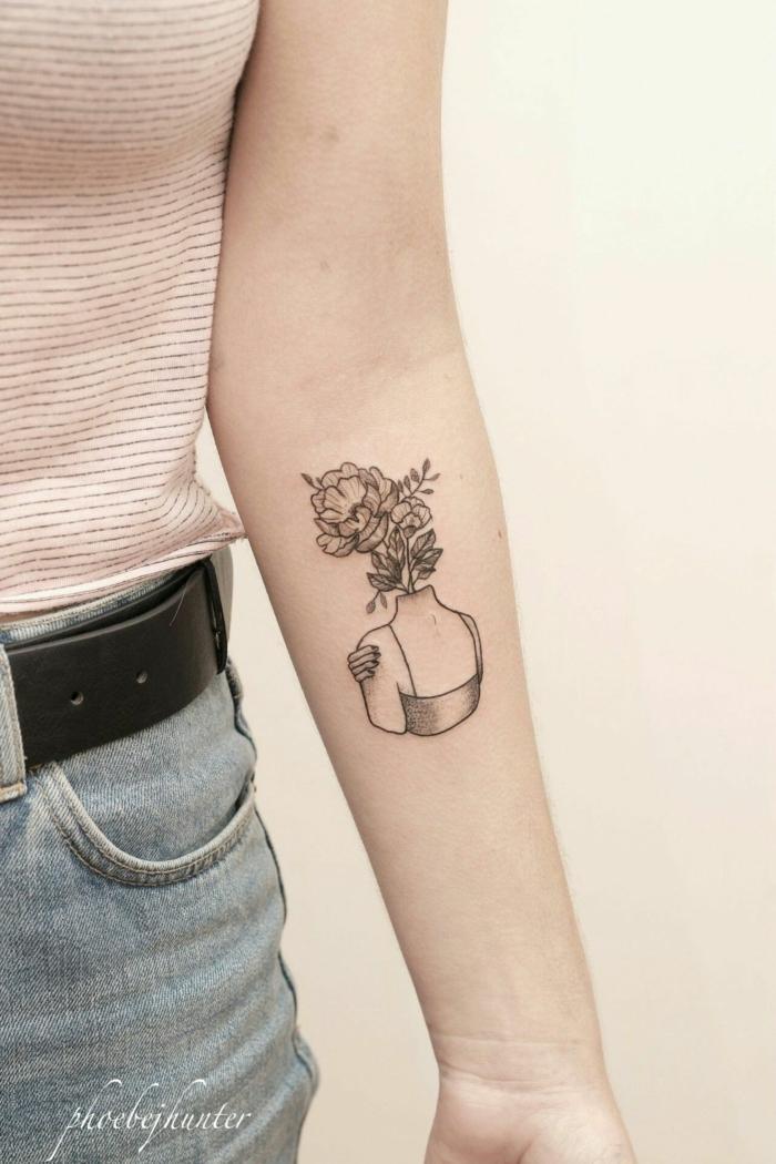 tattoo antebrazo personalizados con alto significados, alucinantes diseños de tattoo antebrazo mujer
