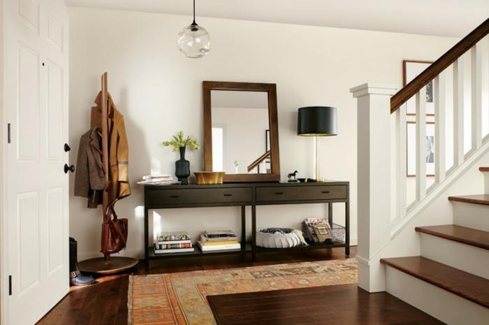 recibidores de casas grandes con mucho encanto, muebles modernos, decoración con espejo