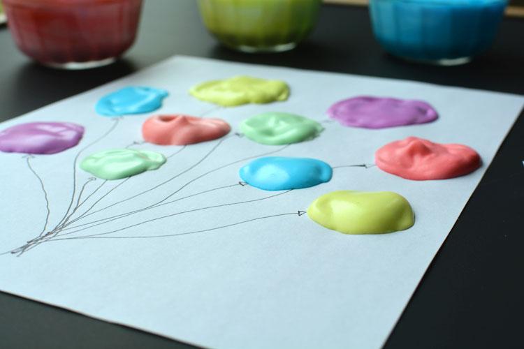 manualidades para niños faciles y divertidas, pintura espuma super fácil de hacer paso a paso