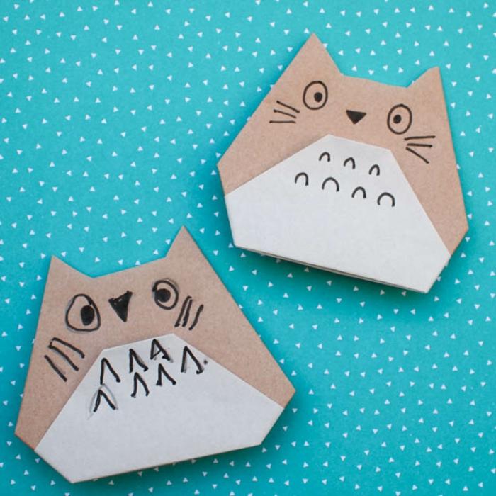 ideas de papiroflexia para niños, gatos DIY hechas con papel, ejemplos de manualidades para niños con papel