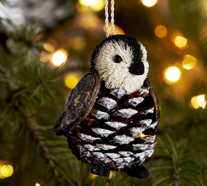 preciosas ideas de manualidades faciles de hacer en casa, adorno navideño DIY elaborado de una piña