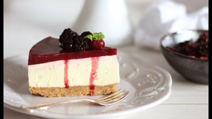 rica tarta de frutos rojos, recetas de postres fáciles rápidos y ricos para hacer en casa en imágines