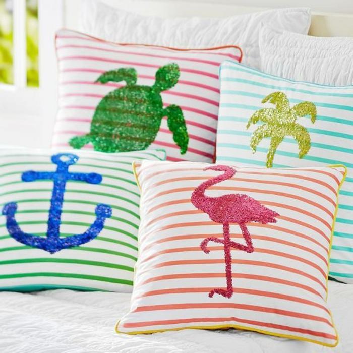 almohadas decorativas coloridas decoradas a mano, trabajos manuales desde casa ideas