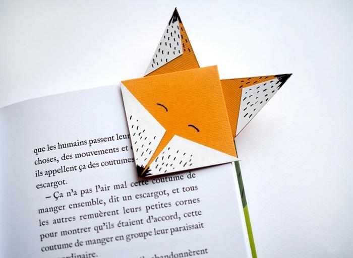 separador de libros super mono en forma de un zorro, ideas de manualidades de papel y cartón