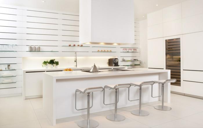 1001 ideas de decoraci n de cocinas modernas blancas for Amueblar cocina alargada