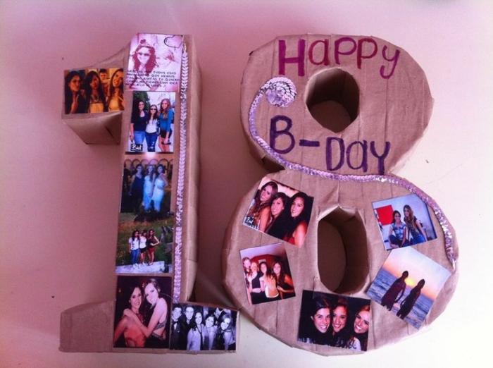 que regalar a una amiga por su cumpleaños, número 19 hecho de cartón y decorado con fotos y lentejuelas