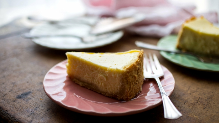 tartas super ricas con queso crema, postres faciles y rapidos sin horno, ideas de pasteles con queso