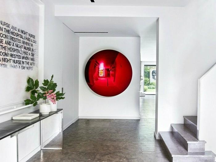 recibidores modernos decorados de encanto, paredes blancas con decoración original, plantas verdes