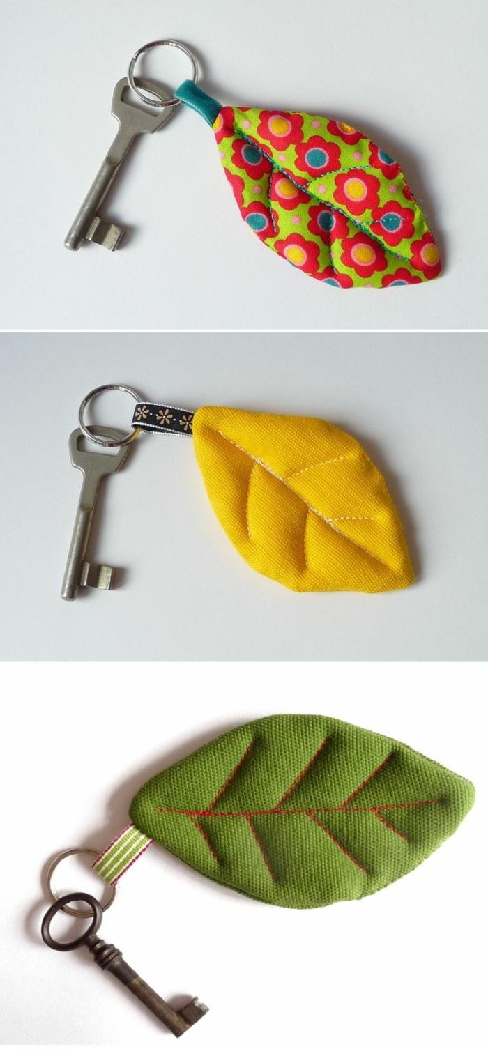 regalos caseros para amigas, llaveros hojas, hechos de tela de diferentes colore, ideales para regalos