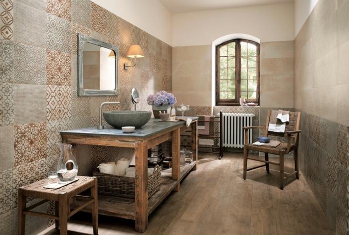 suelo hidraulico imitacion, suelo de color marron con baldosas, ventana pequeña espejo de madera