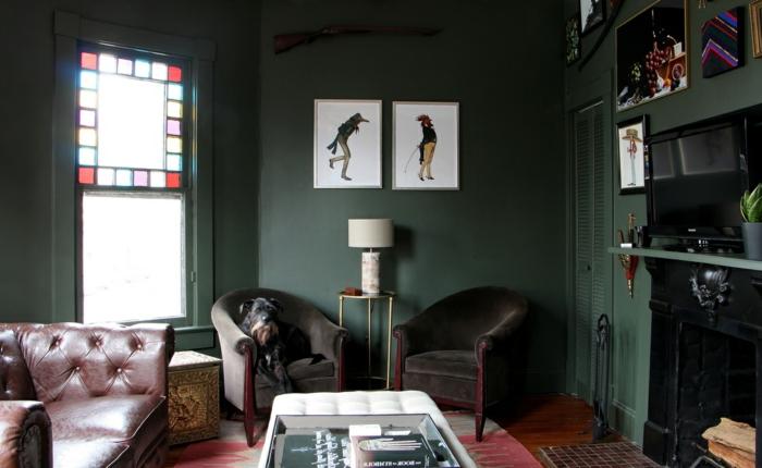 salones vintage decorados con encanto, cómo decorar una chimenea de leña, decoración en verde
