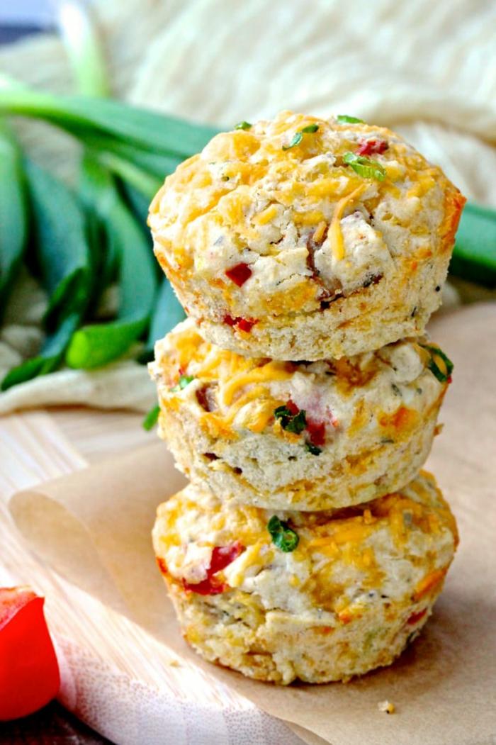 desayunos con avena salados, ideas originales de magdalenas con copos de avena, desayunos nutritivos