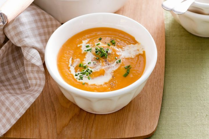 ideas sobre como hacer pure de calabaza paso a paso, receta de sopa de crema con calabaza y nata