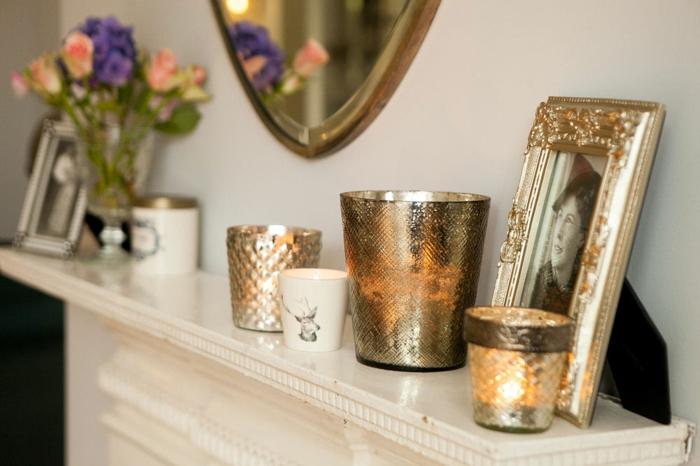 detalles en dorado para decorar la chimenea, chimeneas decorativas ikea, decoración en estilo vintage