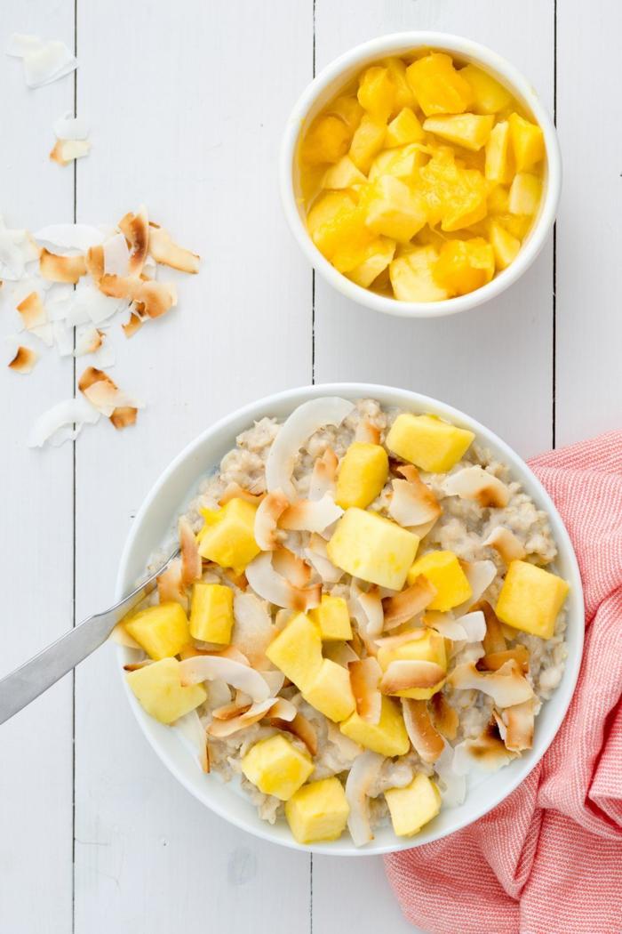 porridge receta superrico con coco y mango, ideas de desayunos para hacer en casa en verano