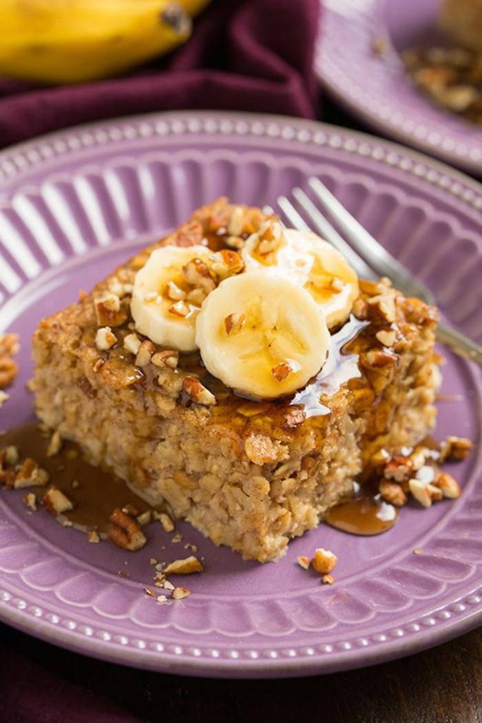 tortitas de copos de avena super ricas con miel y plátanos, ideas de desayunos y postres hechos con avena