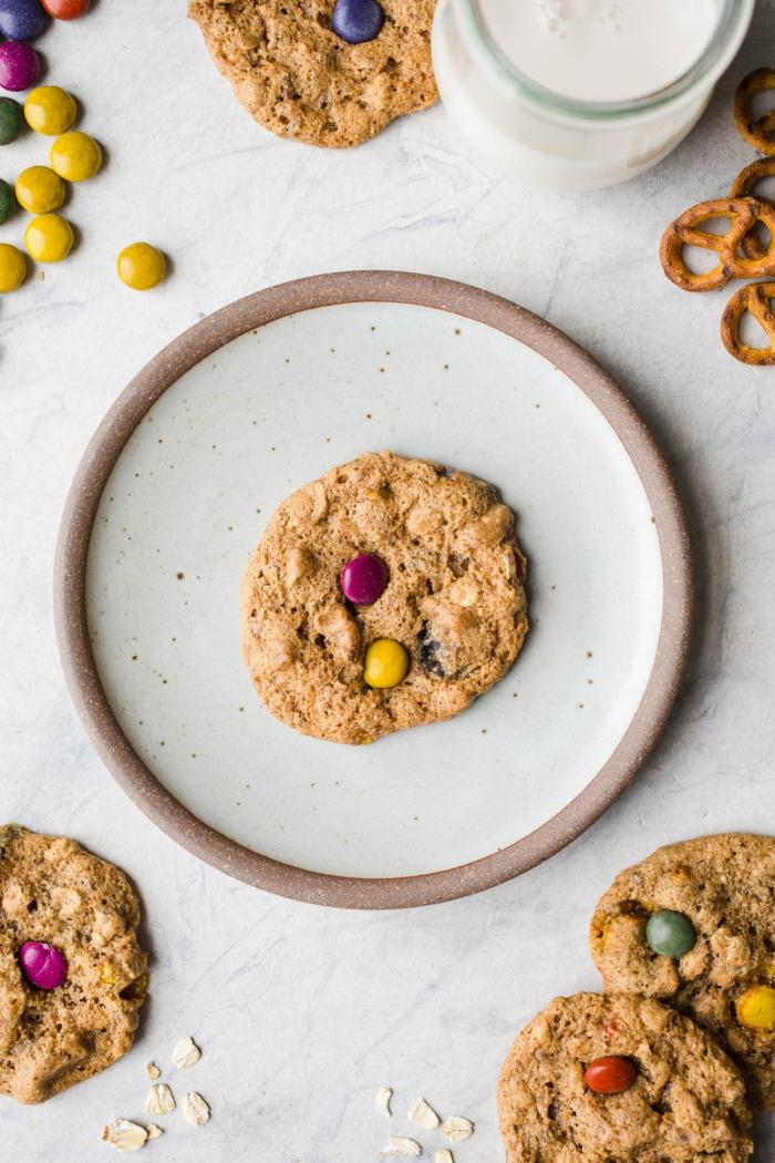 recetas con harina de avena fáciles, rápidas y originales, galletas con avena para un desayuno nutritivo