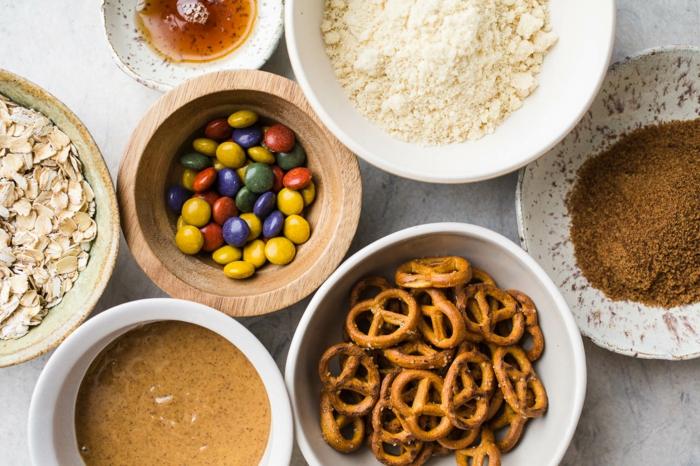 productos necesarios para hacer una galletas con copos de avena, ideas de recetas con harina de avena