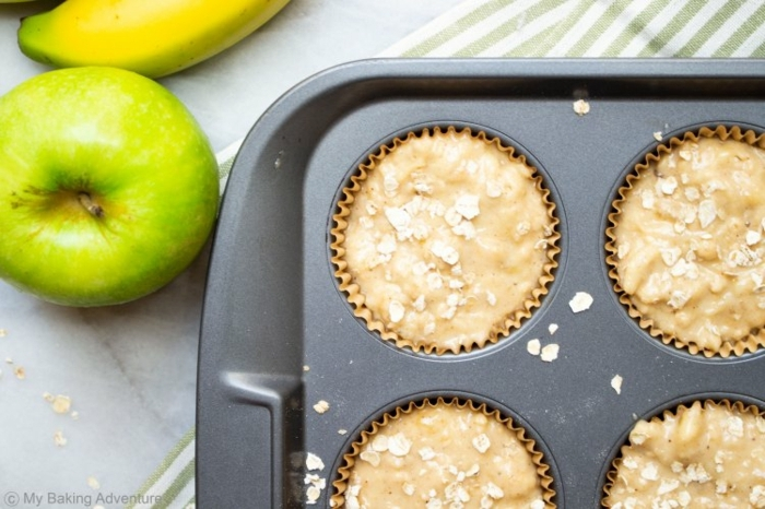 como hace magdalenas con copos de avena y manzana, desayunos fitness paso a paso, recetas saludables