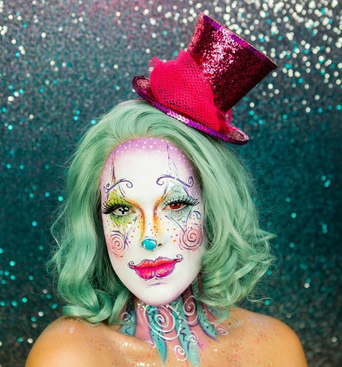 pintacaras halloween super originales, lentejas originales, cara pintada en blanco, maquillaje atractivo y peluca verde