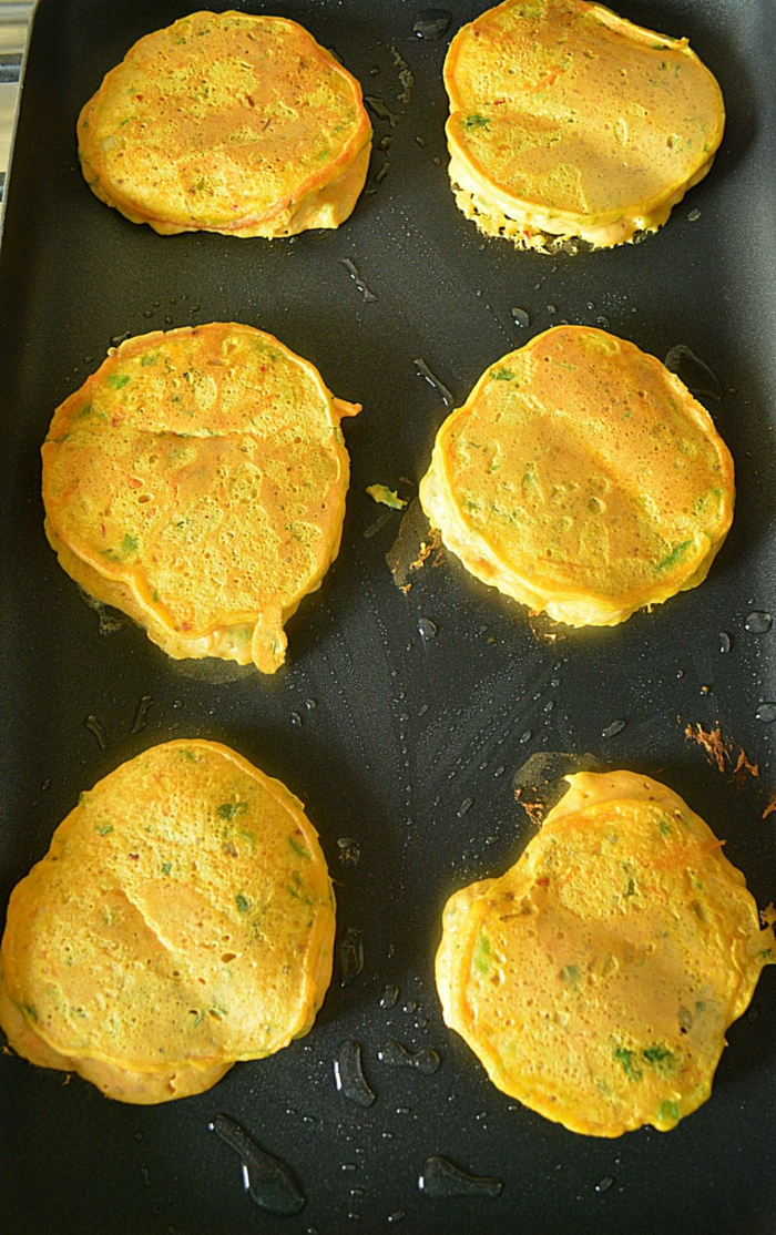 como hacer tortitas de calabaza y verduras paso a paso, recetas de postres y comidas con calabaza