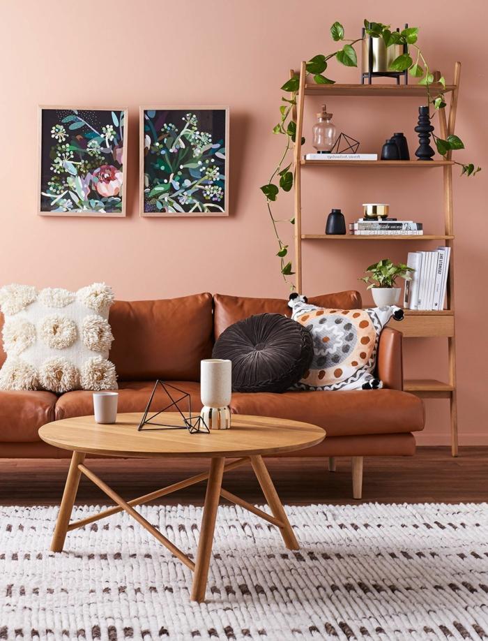 salón decorado en color terracote, que colores se llevan para pintar un salon 2019, sofá de piel vintage