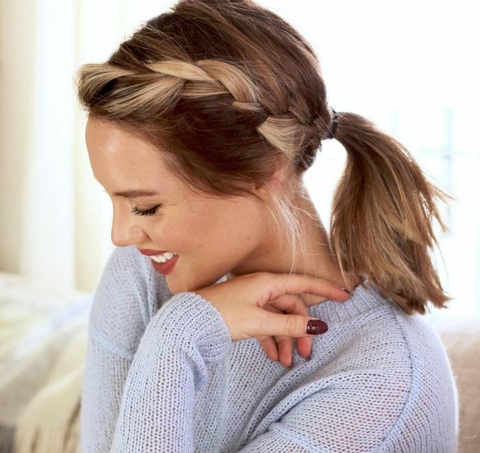propuestas de peinados faciles y rapidos en imágines con tutoriales paso a paso, coleta con trenza lateral