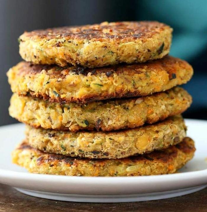 tortitas americanas super ricas veganas, recetas rapidas y sanaspara hacer en casa, crepes de zanahorias y garbanzos