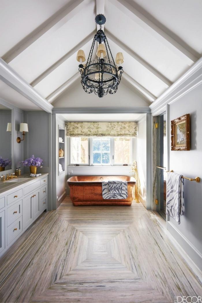 cuarto de baño de diseño decorado en estilo rústico moderno, espacio abuhardillado decorado en gris, ideas reformar baño