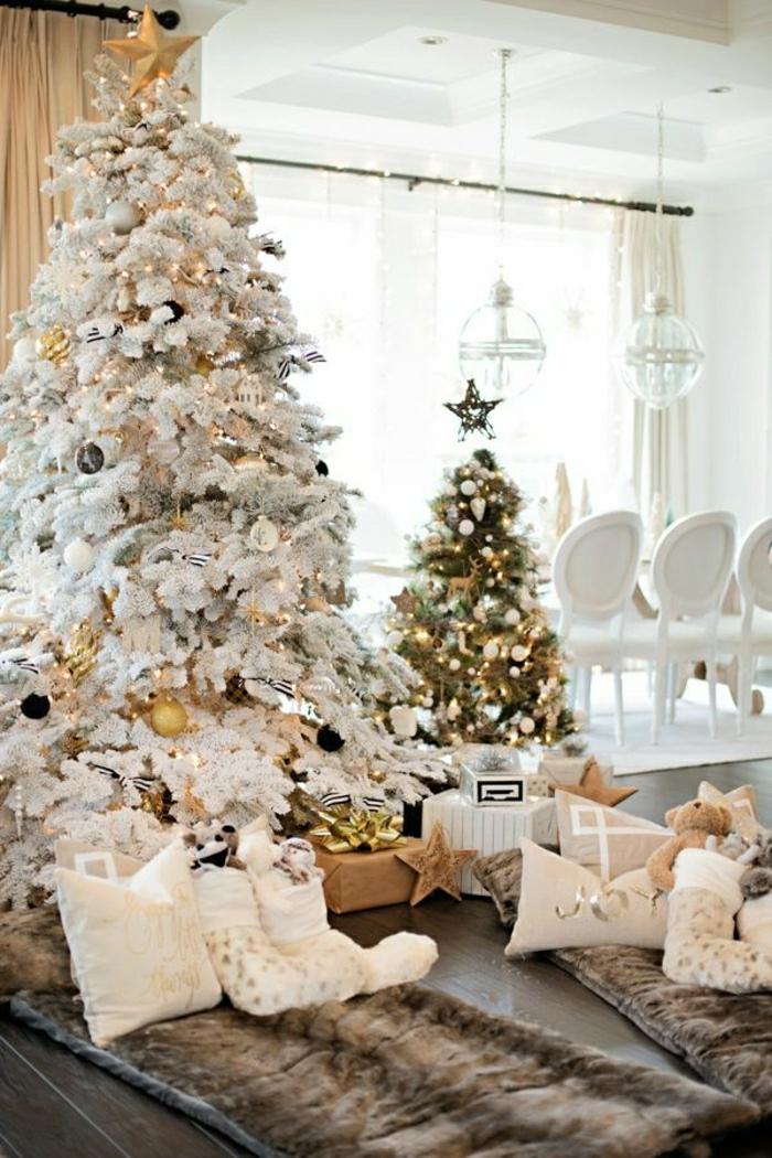 arboles navideños decorados tendencias 2018 2019, grande árbol artificial en blanco con detalles en dorado