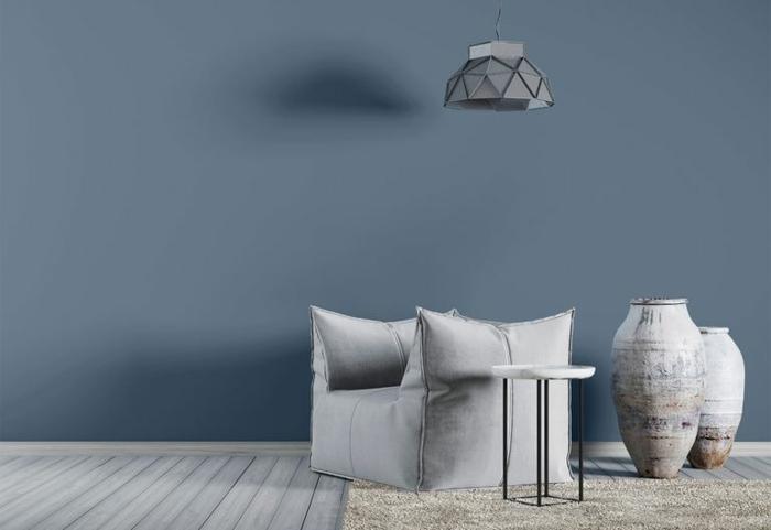 ideas de colores para paredes de salon, salón decorado en estilo minimalista con paredes azul porcelana
