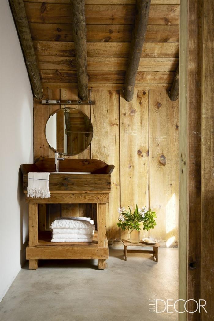 reformas de baño, pequeño baño de madera decorado en estilo rústico, baños acogedores decoración rústica