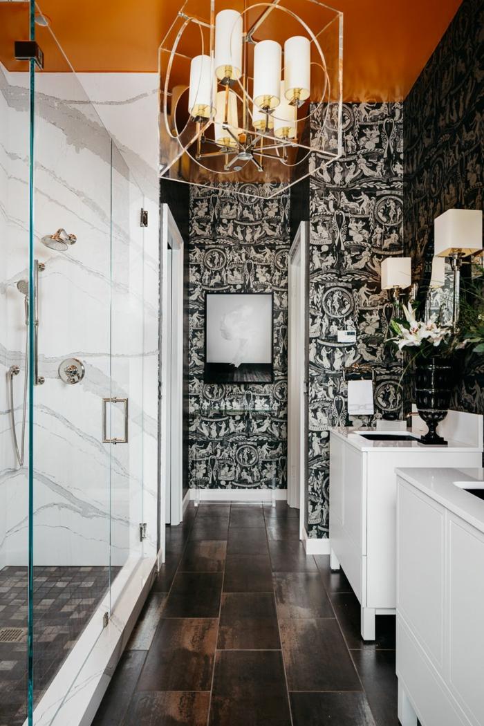 pequeño baño decorado en estilo ecléctico,ideas de reforma baño pequeño, paredes con papel pintado en blanco y negro